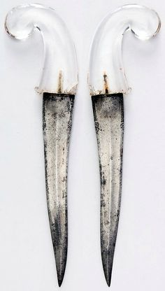 Indian (North) khanjar, 19th century, steel, crystal, H. 13 1/4 in. (33.7 cm); H. of blade 9 1/8 in. (23.2 cm); W. 3 7/8 in. (9.8 cm); Wt. 10.7 oz. (303.3 g), Met Museum,  Bequest of George C. Stone, 1935.