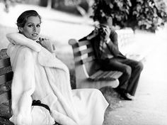 Bid now on Lauren Hutton for Ultima Revlon by Arthur Elgort. View a wide Variety of artworks by Arthur Elgort, now available for sale on artnet Auctions. Arthur Elgort, Lauren Hutton, Mario Sorrenti, Foto Fashion, World Of Fashion, Ladies Fashion, Fashion Models, Fashion Pics, Fashion Images
