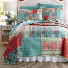 A soft expression of coziness for your bed makeover Printed, with vermicelli quilting in a patchwork of asso.Decorate Now, Pay Later with Country Door Credit! Bedding Sets, Comforter Cover, Turquoise Home Decor, Turquoise Quilt, Country Quilts, Bed Linen Design, Quilted Bedspreads, Make Your Bed, String Art