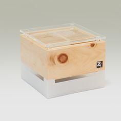 ZirbenLüfter CUBE mini - Vorderseite  Wasserbehälter bis 0,8 Liter   Luftbefeuchtern, Luftreiniger, Bedeutung  #ZirbenLüfter #Zirbenluefter #Classic #Zirbe #Arve #Holz #Luftreiniger #Luftbefeuchter #Luxus #Lifestyle #Asthma #Zirbenholz #besserschlafen #Raumklima #schlafen #natur Asthma, Tissue Holders, Cube, Mini, Humidifier, Sleep Better, Luxury, Nature, Timber Wood