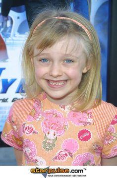 dakota fanning 2003 photos | Dakota Fanning Pictures & Photos - Agent Cody Banks Movie Premiere