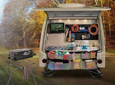 R-pod rp-182g :  Has bunk beds for kids, u shaped dinette that converts into parent bed, and rear kitchen...  perfect!