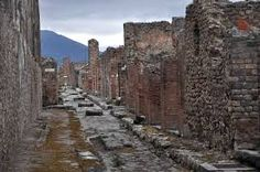 Naples - Italy's Lost City of Pompeii: A Photojournal Pompeii Italy, Pompeii And Herculaneum, Pompeii Pictures, Italy Tourist Attractions, Places To Travel, Places To Go, Ruined City, Italy Street, Roman City