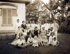 My family in the Dutch Indies before the war. Interessante familie geschiedenis!