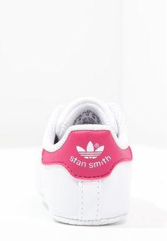 7e2a35355cd40 Chaussons adidas Originals STAN SMITH - Chaussons pour bébé - weiß pink  blanc  25