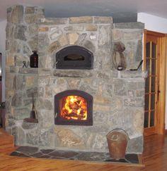 Foyer de masse Temp-Cast avec four à pain et niche pour bûches tout en pierre. Un feu par jour suffit pour chauffer la maison par radiation ( pierre chaude ) les dimensions sont de 8'pieds par 3'pieds de profond et 7' pieds de haut. Demande 9000 $ valeur de 26,000$ S.V.P contacter par téléphone au 450-226-3843 ou 514-945-2530