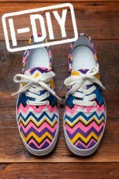 DIY Shoe Painting #shoes #DIY #paint #chevron