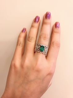 Buccellati emerald and diamond ring set white gold - Emerald Ring Design, Gold Ring Designs, Diamond Jewellery Designs, Royal Rings, White Gold Jewelry, Blue Diamond Jewelry, Ring Verlobung, Jewelry Patterns, Diamond Rings