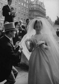 Madame de Pompadour Henrietta Tiarks, Duchess of Bedford in her wedding dress, of June 1961 Chic Vintage Brides, Vintage Wedding Photos, Vintage Wedding Hair, Vintage Bridal, Wedding Bride, Vintage Weddings, Wedding Shot, Vintage Photos, Wedding Tips