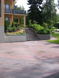 Concrete, Garden Ideas, Sidewalk, Deck, Gardening, Stone, Outdoor Decor, Houses, Walkway