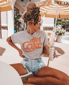 Fantastic Cost-Free 43 Summer Fashion 2019 Trends for Women Style On warm s . Fantastic Cost-Free 43 Summer Fashion 2019 Trends für Frauen Style On warm summer times, every bit of fabric on your skin is a bit too much. Much more. Summer Outfit For Teen Girls, Trendy Summer Outfits, Cute Casual Outfits, Summer Fashion For Teens, Outfit Summer, Autumn Outfits, Summer Fashions, Summer Fashion Modest, Summer Outfits For Vacation