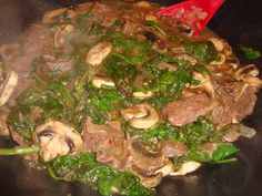 Clean Eating - Spinach & Venison Stir Fry - Probably will substitute beef for the venison but looks great!
