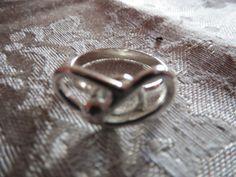 Fru Hera - Unikke håndlavet sølv ring
