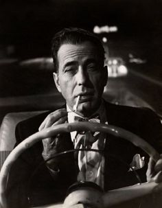 """There's no sacrifice too great for a chance at immortality."""" - Humphrey Bogart as Dixon Steele in the noir classic """"In a Lonely Place. Vintage Hollywood, Hollywood Glamour, Hollywood Stars, Classic Hollywood, Hollywood Party, Humphrey Bogart, Lauren Bacall, Cary Grant, Gerard Philipe"""