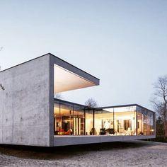 Modern House Design & Architecture : Residence by Govaert & Vanhoutte Architecten