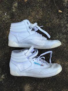 851de96a979c24 euc REEBOK classic freestyle HITOP leather SNEAKER 8.5 women  Reebok   HiTopClassicAerobics Leather Sneakers