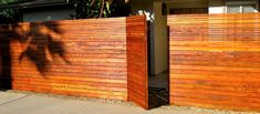 9 Healed Tricks: Front Yard Fence With Driveway Gate Wooden Fence Murals.Fencing Ideas To Keep Dogs Out Of Garden Garden Fence Post Spacing. Small Fence, Horizontal Fence, Front Yard Fence, Farm Fence, Diy Fence, Backyard Fences, Fence Gate, Garden Fencing, Fence Ideas
