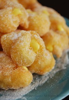 Frittelle! Italian Cookies, Italian Desserts, Italian Recipes, Churros, Biscuits, Cookie Recipes, Dessert Recipes, Pastry Cake, Beignets