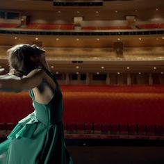 Choreographer Ryan Heffington shares a behind-the-scenes look at how the new Kenzo perfume commercial starring Margaret Qualley was made. Margaret Qualley, Kenzo, Milton Greene, Green Dress, Make Me Smile, The Man, Gymnastics, Music Videos, Fotografia