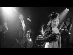 Chantemoiselle - Rosegarte (schwarz-weiss) - YouTube