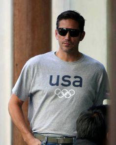 Fan de Jim Caviezel — Jim in various color T shirts in real life : 1)...