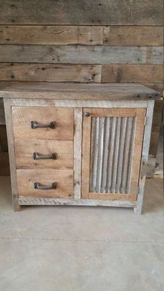 YOUR Custom Rustic Barn Wood Vanity or Cabinet by timelessjourney - Home Decor Ideas Industrial Furniture, Pallet Furniture, Furniture Projects, Rustic Furniture, Outdoor Furniture, Cheap Furniture, Furniture Plans, Furniture Decor, Pallet Beds