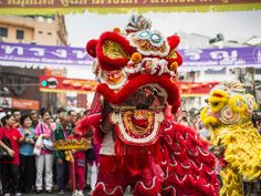 Lion dance performed with or without dragons