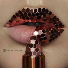 Such an amazing lip art! - SUCH AWESOME LIP ART! You are in the right place about Beauty room Here we offer you the most beaut - Lipstick Tube, Lipstick Art, Lip Art, Lipstick Colors, Lip Colors, Glitter Lipstick, Purple Lipstick, Mac Lipsticks, Makeup Art