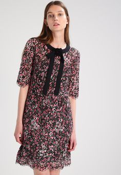 New Maje Rasion Pleated Short Floral Printed V Neck Dress with Jewel £315 1 2 3