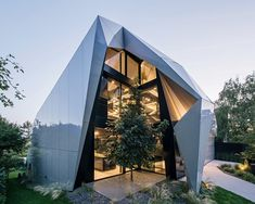 Origami architecture design projects 50 ideas for 2019 Architecture Origami, Architecture Design, Amazing Architecture, Contemporary Architecture, Futuristic Home, Decoration Originale, Outdoor Living, Outdoor Decor, Design Awards