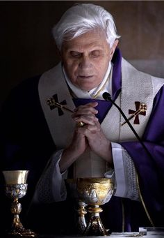 Catholic Gentleman, Friend Of God, Juan Pablo Ii, Pope Benedict Xvi, Catholic Religion, Pope John Paul Ii, God Bless America, Roman Catholic, Christianity
