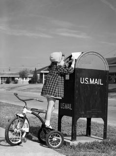 Girl standing on tricycle on suburban sidewalk, mailing letter in mailbox. Get premium, high resolution news photos at Getty Images Vintage Pictures, Old Pictures, Old Photos, Vintage Images, Time Pictures, Antique Photos, Vintage Art, Pin Up, Pen Pal