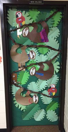 Jungle classroom door safari theme new ideas Jungle Classroom Door, Jungle Door, Rainforest Classroom, Classroom Decor, Jungle Bulletin Boards, Door Bulletin Boards, Classroom Board, Rainforest Crafts, Rainforest Theme