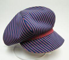 【カスタムオーダー例】クラウンのボリュームがたっぷり。レジメンタルストライプのキャスケット   #casquette #ピーチブルーム帽子店