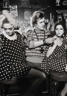 Larry Fink, Edie Sedgwick, Gerard Malanga, and a friend.