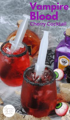 I have to admit, I had a lot of fun making this cocktail. First of all, I love every ingredient in this drink. That's always priority number one. But to make something look gory and Dry Ice Drinks, Party Drinks Alcohol, Alcohol Drink Recipes, Punch Recipes, Bar Drinks, Yummy Drinks, Drink Menu, Halloween Party Drinks, Halloween Punch