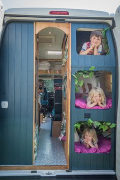 Van Conversion Interior, Camper Van Conversion Diy, Campervan Hire, Campervan Interior, Airstream Interior, Bus Camper, Camper Life, Camper Trailers, Travel Trailers