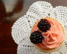 Blackberry Cupcakes by BabyCakes Bakery:: www.babycakesbakery.co.za Blackberry Cupcakes, Vanilla Cupcakes, Rose Icing, Dusty Rose, Bakery, Desserts, Food, Vanilla Bean Scones, Tailgate Desserts