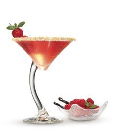 Doesn't get much tastier than a rum cheesecake drink featuring Cruzan® Vanilla, Cruzan® Raspberry and cranberry juice.