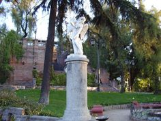 De la Necrópolis a la Metrópolis : Cerro Santa Lucia, Santiago de Chile | virtual_death