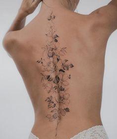 Floral Back Tattoos, Flower Spine Tattoos, Dainty Tattoos, Pretty Tattoos, Delicate Tattoos For Women, Classy Tattoos For Women, Delicate Feminine Tattoos, Beautiful Back Tattoos, Back Tattoo Women Spine