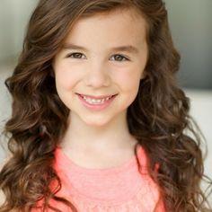 Virginia Franks - child actor head shot by David Kaptein Photography
