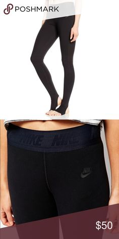 NWOT Nike Leggings Sz XS Only tried on and don't fit me :( got as a gift, in perfect condition! Nike Pants