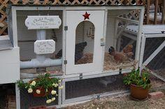 Backwoods Cottage: Killer Chicken houses!