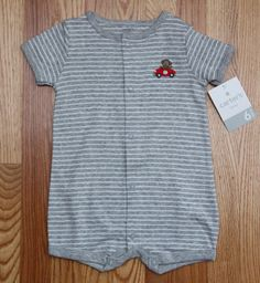 NWT Carter/'s Baby Boy Pirate Fish Crab Knit Romper gray Hooded