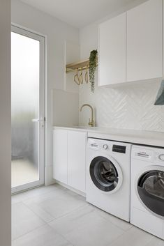 Modern Laundry Rooms, Laundry Room Layouts, Laundry Room Remodel, Laundry In Bathroom, Ikea Laundry, Bathroom Inspo, Laundry Room Inspiration, Herringbone Tile, Laundry Room Design