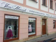 Navštivte náš svatební salon Vera Marsalli:  Barvířská 125/17, Liberec 1, 46001 Nabízíme kompletní svatební servis, svatební zboží a produkty vše pod jednou střechou. www.verama.cz