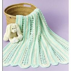 Free Soft Shells Baby Blanket Crochet Pattern- I love mile-a-minute afghans!