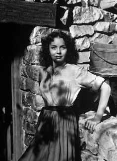 DUEL IN THE SUN (1946) - Jennifer Jones as 'Pearl Chavez' - Based on novel by Niven Busch - Directed by King Vidor - Selznick International - Publicity Still.