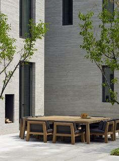 Beautiful courtyard with extra large table.